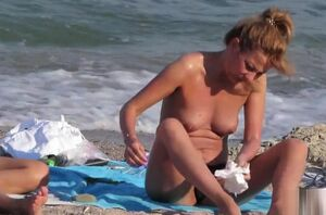 Hidden cam Beach Super hot..