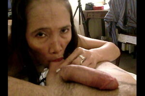 Mature unshaved chinese Emily exhibs..