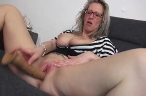 Godlike breasty mature chick haning an..