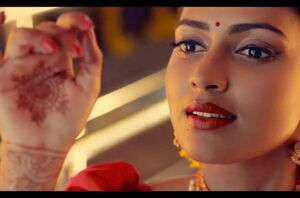 Amala Paul Sizzling - Aadai Video