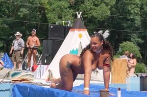 Huge Native Yankee Hunni Monroe gets..