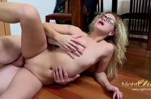 Curly blonde's super-fucking-hot..