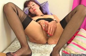 grannie danina satisfies her slit in..