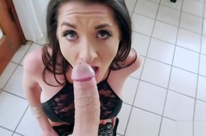 Sizzling Cougar Silvia Saige Eager for..