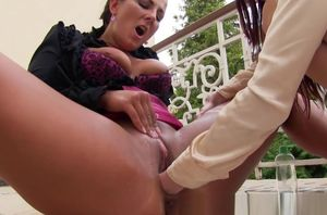 Pee fetish girl-on-girl skanks outdoor..
