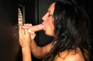 Fit Cougar at a Gloryhole providing..