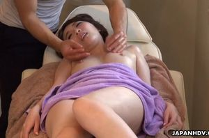 Chinese lady, aya kisaki  the massage,..