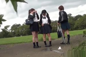 Chinese students piss