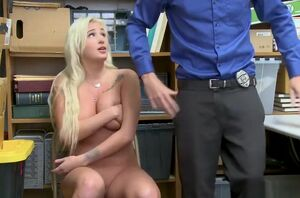 Shoplyfter Is Screaming As She Gets..
